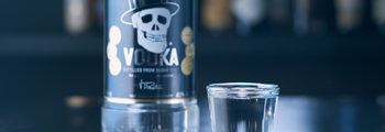 Hisumer y Black Death Vodka